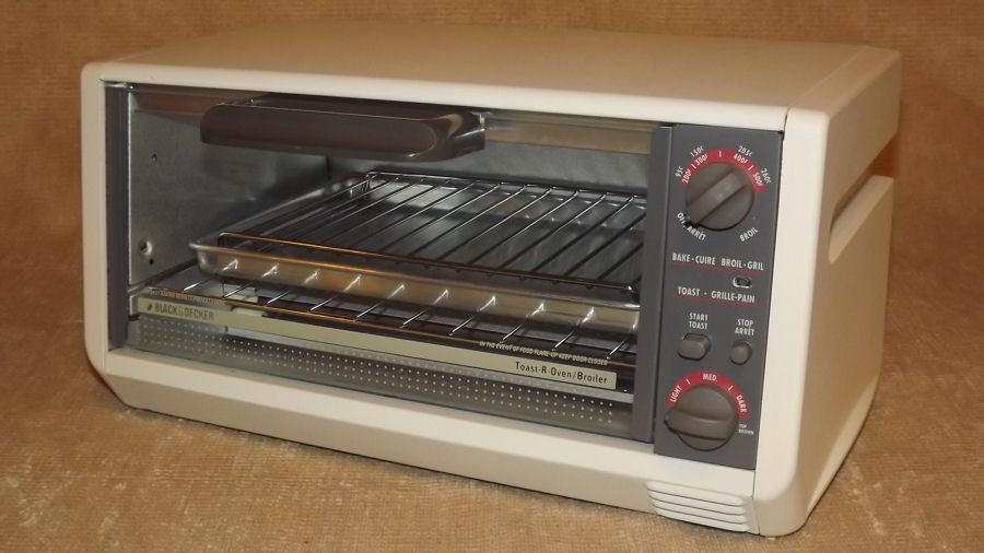 Under Countertop Oven : Black Decker Spacemaker Under Counter Toaster Oven Model Number TRO400 ...